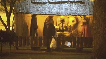Ellopták egy betlehemi szobor fejét Budapesten