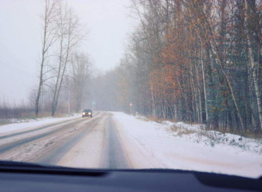 jeges út tél vezetés sofor auto
