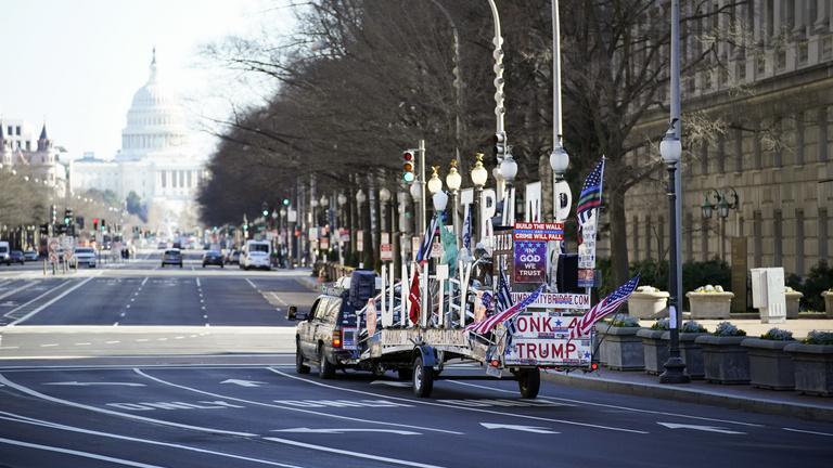Biden beiktatására készülnek a szélsőséges trumpisták