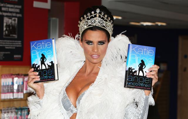 Így néz ki egy hercegnő Katie Price szerint, aki 2008-ban promózta így egyik könyvét