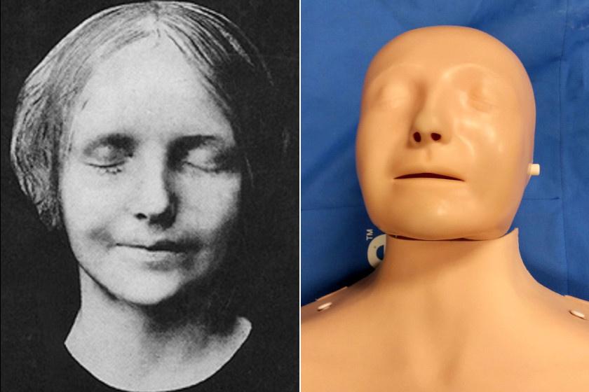 Az elhunyt lány maszkja, és egy elsősegélybábu az ő vonásaival.