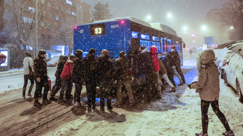Egész Madridot vesztegzárra ítélte a rengeteg hó