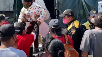 Kiégett hat metróvonal, a tűzben meghalt egy rendőrnő Mexikóvárosban
