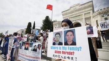 Kína szerint az ujgur nőket felszabadítják, a Twitter inkább törölte a nagykövetség posztját