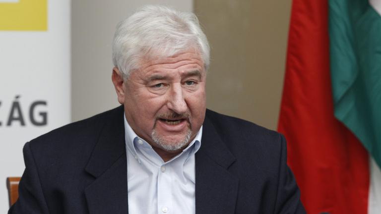 Kétfordulós lehet az ellenzéki miniszterelnök-jelölt kiválasztása