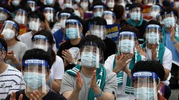 Ingyenessé teszi az oltást állampolgárai számára Dél-Korea