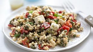 Kuszkusz fetával és barackkal – tökéletes életmódváltó saláta