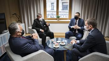 Szlovák elemző: Orbán Viktornak gyenge a pozíciója az Európai Néppártban