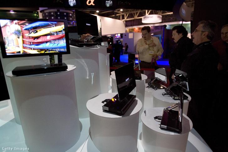 Az első OLED tv, a Sony XEL-1.