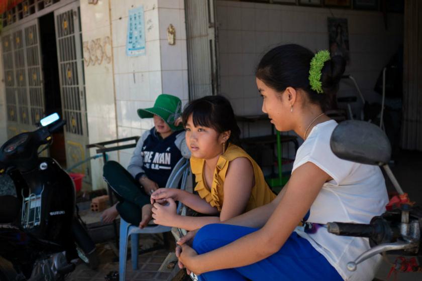 Ilyen Kambodzsa piros lámpás negyede: a gyerekprostitúciót még mindig nem tudták felszámolni