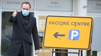 Lóversenypályán is vakcinálják a briteket