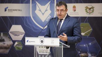 Kacsának minősítette Palkovics lemondását a kormányfő sajtófőnöke
