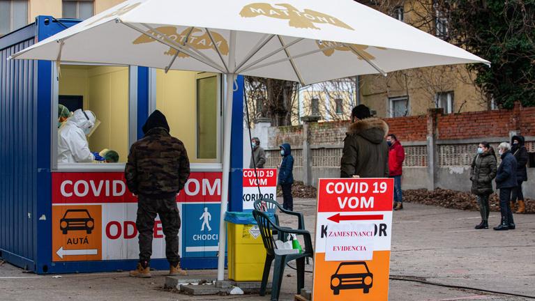 Szlovákia: újabb országos tesztelés lesz