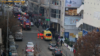 Budai bevásárlóközponthoz riasztották a tűzoltókat és mentőket