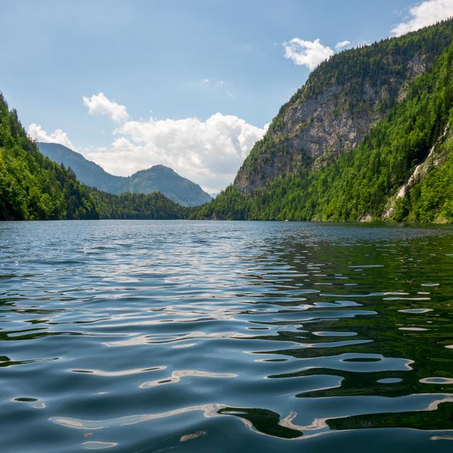 Az osztrák tó mélyéről több ládányi titkos SS-dokumentum, hamis pénz is előkerült már: a Toplitz-tó különös története