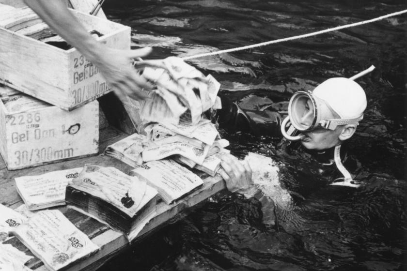 1959-ben rengeteg hamis pénzt találtak a tóban.
