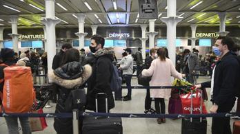 Péntektől csak negatív teszttel lehet Angliába utazni