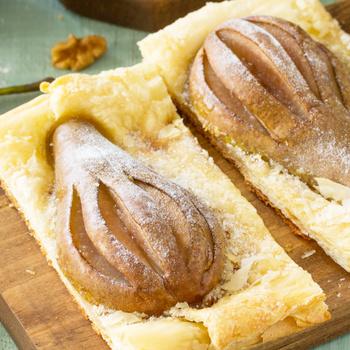 Puha körte leveles tésztában sütve - Gyors és isteni desszert