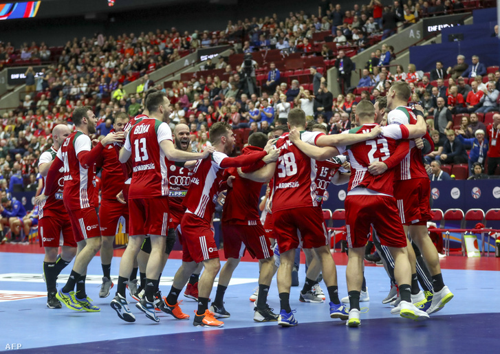 Egy évvel ezelőtt, a svédországi Európa-bajnokságon minden várakozást felülmúlt szereplésével a megfiatalított magyar csapat