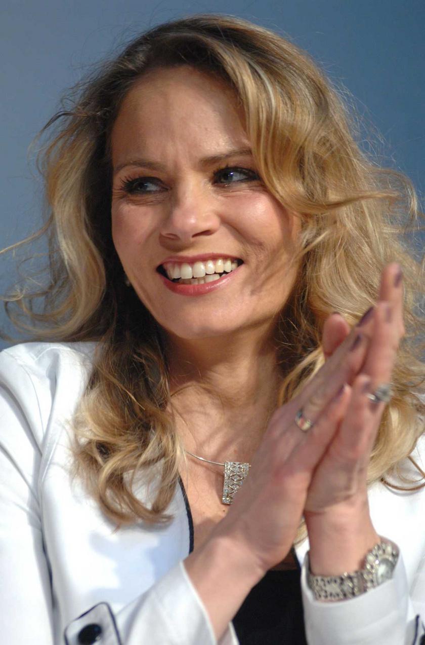 Brunner Márta műsorvezetőként, majd színésznőként lett ismert.