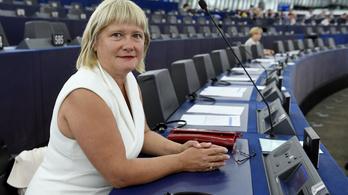 Gál Kinga attól tart, hogy leszalámizzák a Fidesz–KDNP-t