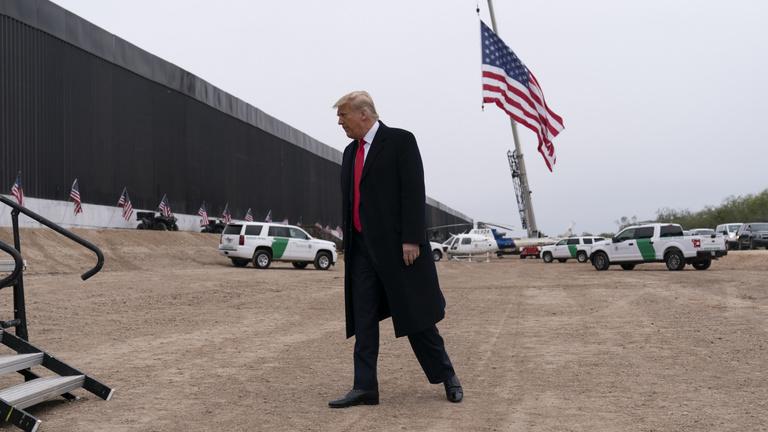 Trump elnök Twitter-fiókja és a szabadság halványodó amerikai álma