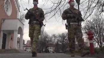 Nő a katonák bére, folytatódik a honvédelmi alkalmazottak fizetésemelése