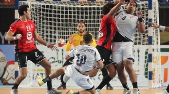 Egyiptom nyerte a férfi kézi-vb nyitó meccsét