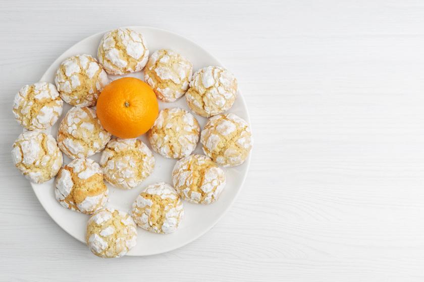 Villámgyors narancsos pöfeteg keksz: kívül ropogós, belül puha