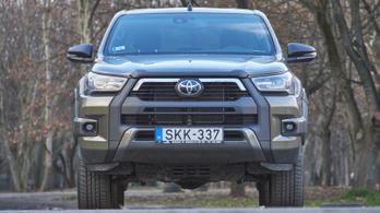 Teszt: Toyota Hilux 2.8 D-4D Invincible 2021