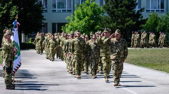 Majdnem ezer magyar katona vett részt külföldi kiképzésen
