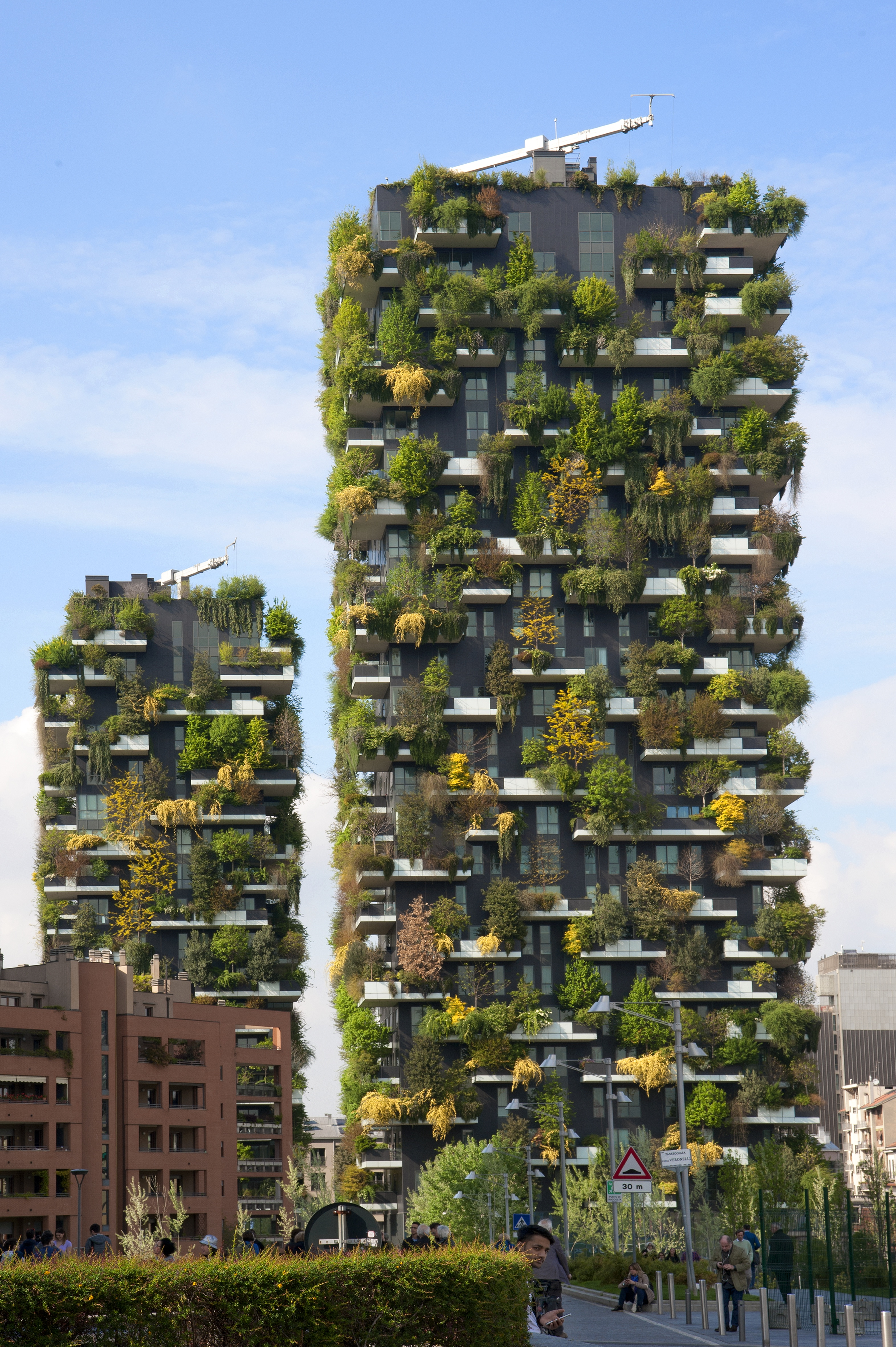 Hol található a Bosco Verticale (Függőleges erdő) néven ismert, fákkal beültetett két lakótorony?