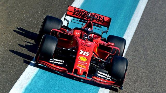 Újra felbukkanhat a Ferrari autóin a botrányt kavaró logó