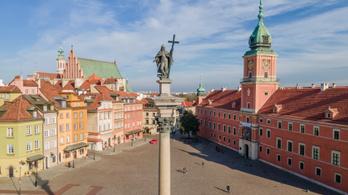Néhány óra alatt közel félmillióan regisztráltak oltásra Lengyelországban