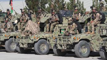 Két és fél ezer amerikai katona maradt Afganisztánban