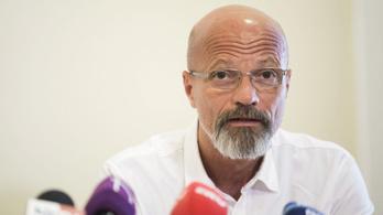 Zacher Gábor: Az átoltottságot hihetetlen gyorsasággal kellene megemelni