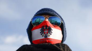 Tízezren tüntettek Bécsben a lezárások miatt
