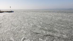 Már fagy a Balaton, de még vékony a jég