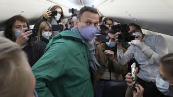 Navalnij leszállt Moszkvában, őrizetbe vették