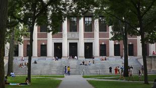 Már a Trump-pártiak diplomáját is elvenné egy Harvardon futó petíció