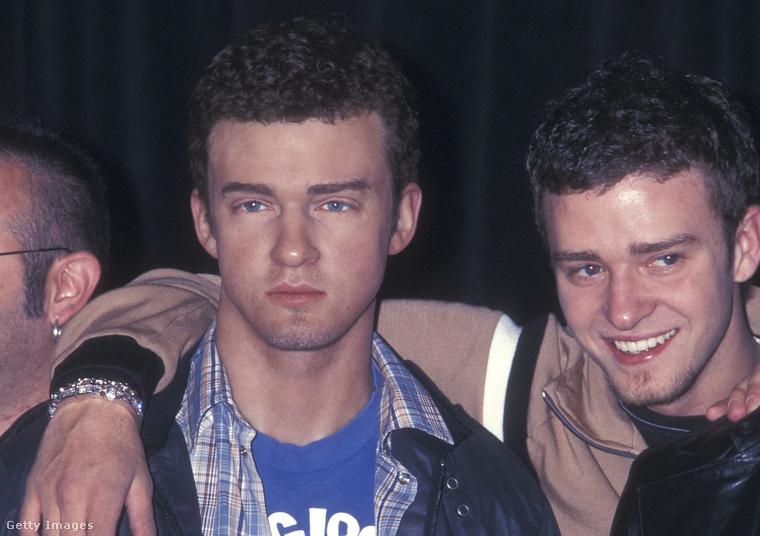 Ugyanebben az évben történt, hogy a New York-i Madame Tussauds-ban szobrot kapott az NSYNC fiúegyüttes, itt Justin Timberlake vág jó arcot a végeredményhez.