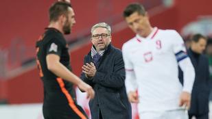 Távozik a lengyel labdarúgó-válogatott szövetségi kapitánya