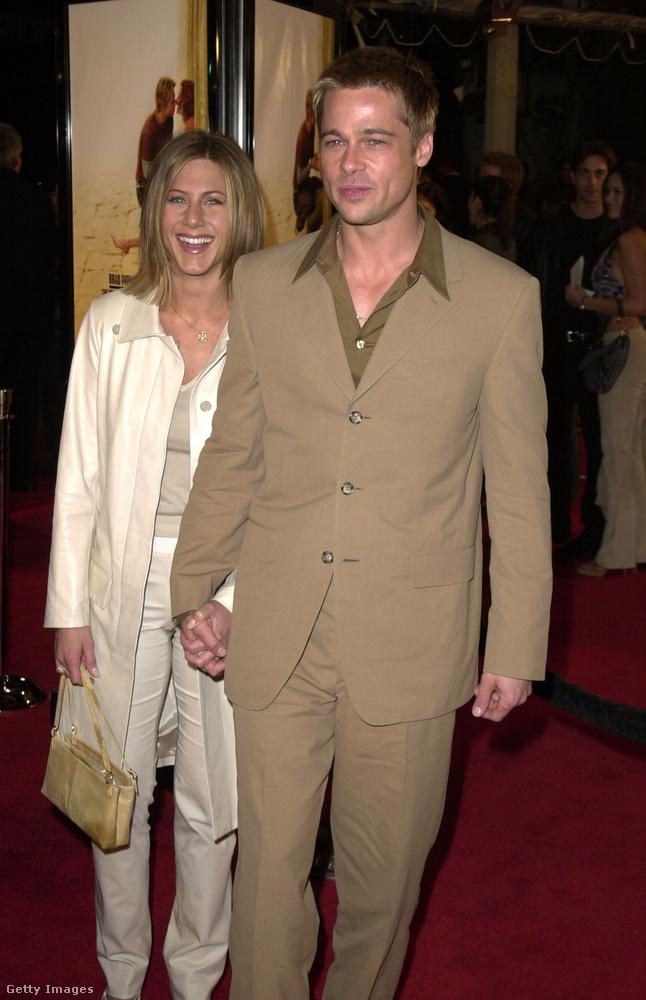 Térjünk át a párokra! Jennifer Aniston és Brad Pitt még viszonylag friss házasok voltak ekkoriban, négy év múlva fognak elválni, kimondva-kimondatlanul Angelina Jolie miatt