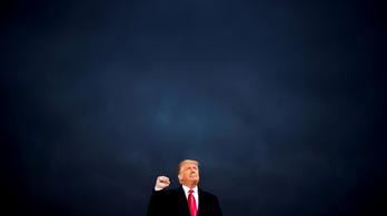 Száz embernek adhat kegyelmet Trump, de a QAnon-sámán nincs köztük