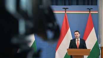Menczer Tamás: Kevés a vakcina Európában, így Magyarországon is