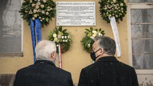 Orbán Viktor megkoszorúzta a magyarországi németek elhurcolásának emléktábláját