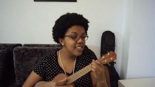 Brazíliában született, de milyen szépen énekli a Boci, boci tarkát!