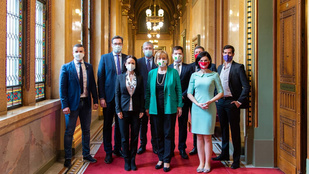 Az ellenzéki pártok szerint az Orbán-kormány politikai büntető hadjáratot folytat az önkormányzatok ellen