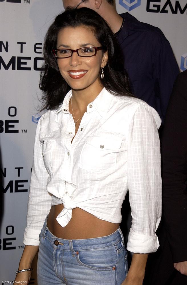 Eva Longoria 2001-ben már feltűnt sorozatokban, de csak három év múlva, a Született feleségekkel fut be igazán.