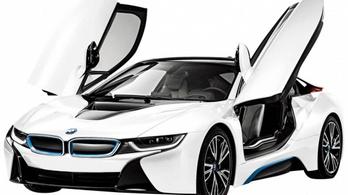 A BMW is megszenvedi a válságot, de nem annyira, mint a versenytársai